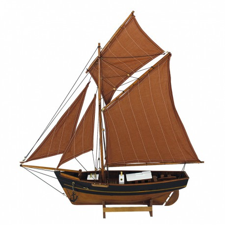 Fishing boat with sails, L: 60cm