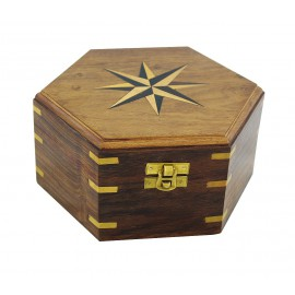 Wood box with windrose inlay
