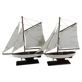 Sailing boats, set of 2