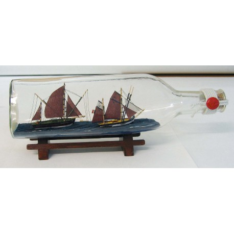 Bottle-ship - Tune-boats, triangle-bottle, L: 29cm