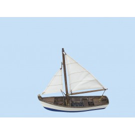 Fishing boat, wood with cloth sails, L: 16cm, H: 14,5cm