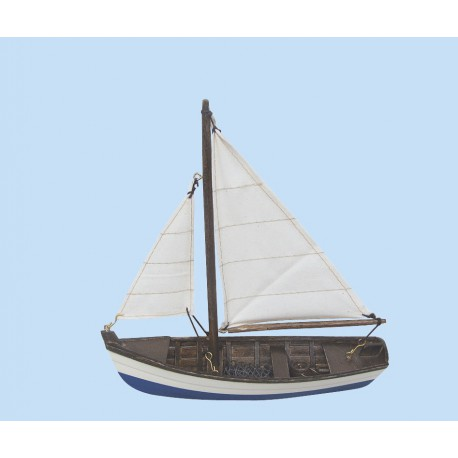 Fishing boat, wood with cloth sails, L: 19cm, H: 20cm