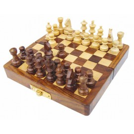 Folding chess game, wood, magnetic, 12,5x12,5x1,7cm