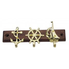 Keyholder with anchor, wheel & sailboat, brass on wood, 18x8,5cm