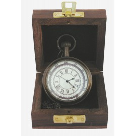 Pocket clock with chain