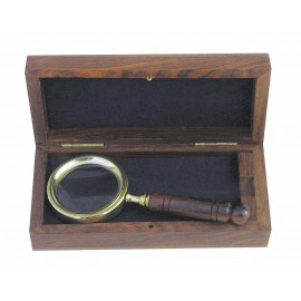 Magnifier with wooden handle